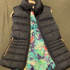 Lily Pulitzer Syd Down Puffer Vest in Navy Sz M